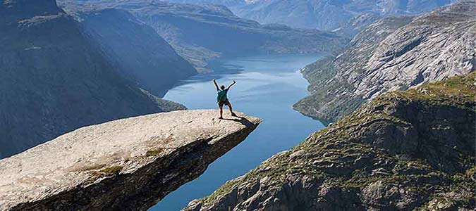 Overcome Your Fear of Heights With Hypnotherapy